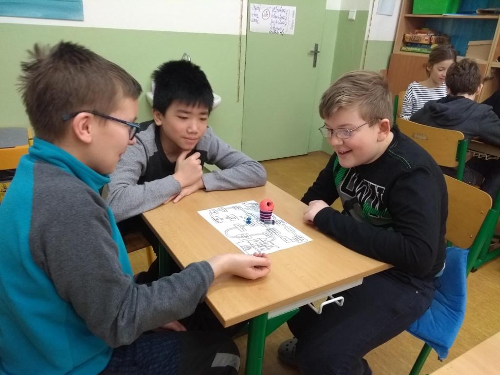 Pět šeťáků hraje matematickou hru